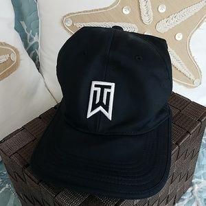 Nike Vapor Hat